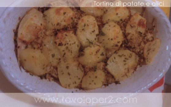 tortino di patate e alici tavolo per 2