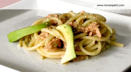 bucatini-avocado-e-salmone-cucinato-da-tavoloper2
