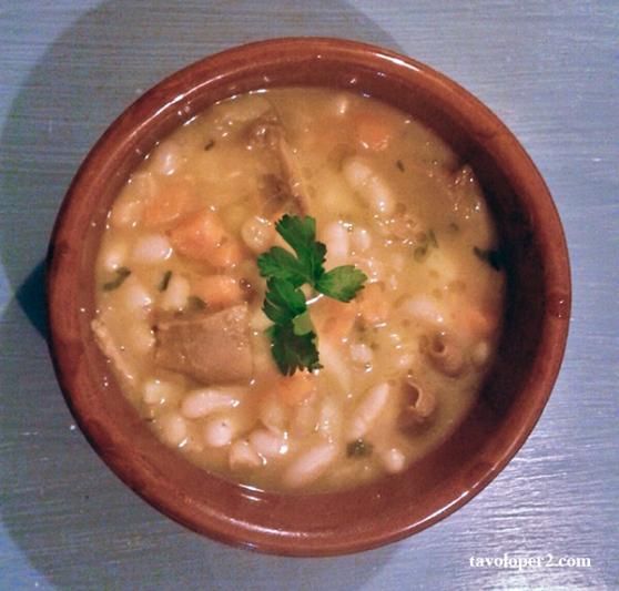 zuppa-batata-cannellini-funghi-tavoloper2